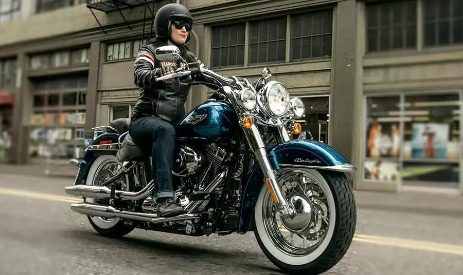 Harley Davidson Softail Deluxe 2015 Bike Amp Bildergalerie