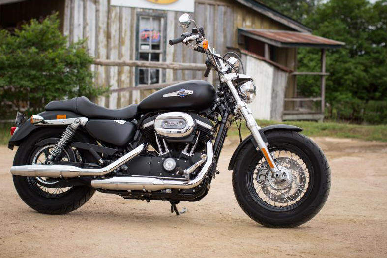 Harley Davidson Xl  Custom Cb