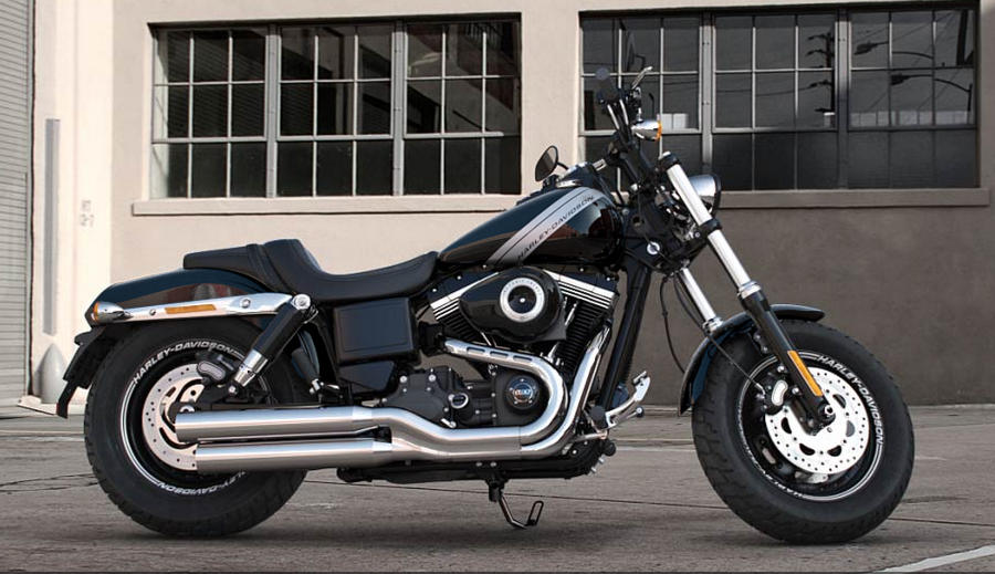 harley davidson dyna fat bob 2017 farben und preise. Black Bedroom Furniture Sets. Home Design Ideas