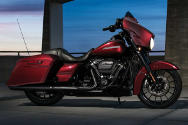 Touring Street Glide Special